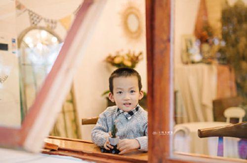 男孩带福字起名,带福字寓意好的名字_WWW.QQYA.COM