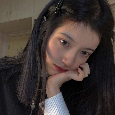 ins复古欧美风女生头像图片_WWW.QQYA.COM