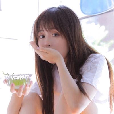 甜美可爱干净的女生头像_WWW.QQYA.COM