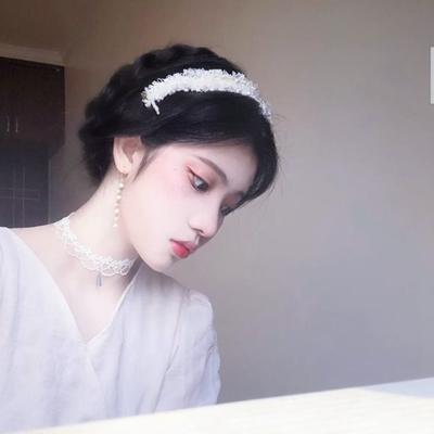 白色裙子闺蜜头像多人_WWW.QQYA.COM