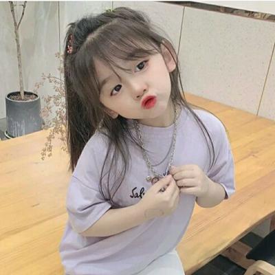 可爱小女孩头像萌图片_WWW.QQYA.COM