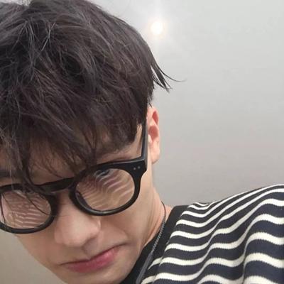 男生撩妹头像_WWW.QQYA.COM