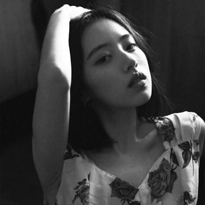 温柔的女生头像唯美治愈_WWW.QQYA.COM