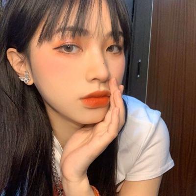 气质高清优雅唯美女生头像_WWW.QQYA.COM