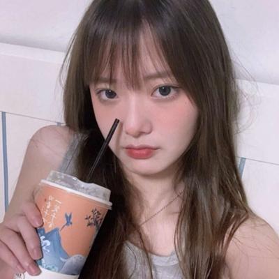 很有感觉的复古女生头像_WWW.QQYA.COM
