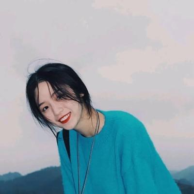 温柔蓝色系女头真人_WWW.QQYA.COM