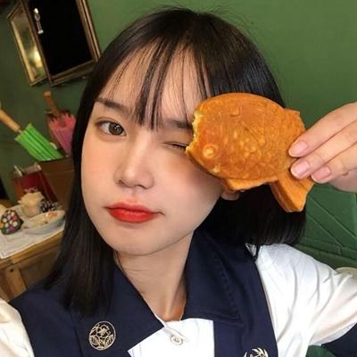 微信魅力气质真人女生头像_WWW.QQYA.COM