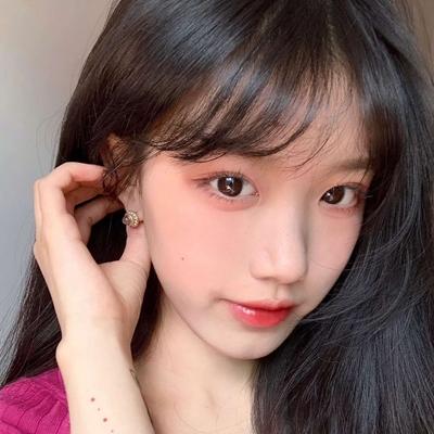 网红脸女生头像_WWW.QQYA.COM