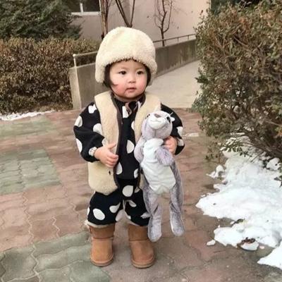 可爱萌娃头像小女孩情侣头像_WWW.QQYA.COM