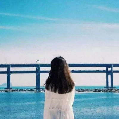 甜蜜情侣头像一人一半_WWW.QQYA.COM