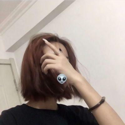 女生真人头像冷酷帅_WWW.QQYA.COM