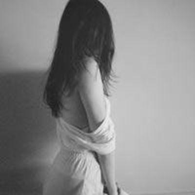 最新陌陌女生性感头像图片大全_WWW.QQYA.COM