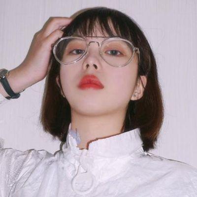 微信头像女生霸气超拽_WWW.QQYA.COM