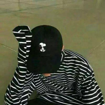 戴帽子的男生头像高清_WWW.QQYA.COM