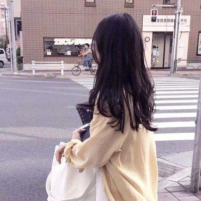 18岁的真实女头像_WWW.QQYA.COM