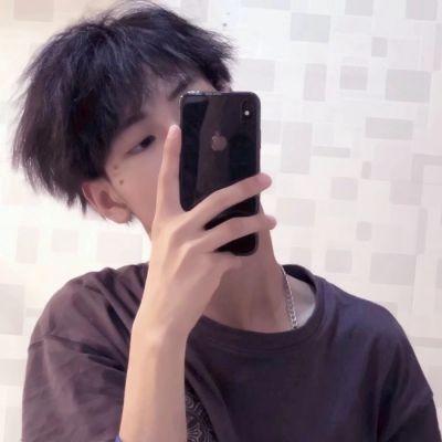 普通帅的男生照片头像_WWW.QQYA.COM