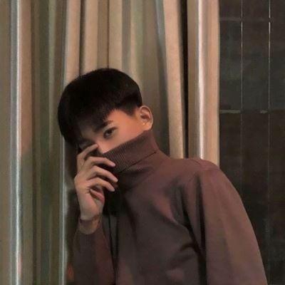 帅气呆萌真人男生头像_WWW.QQYA.COM