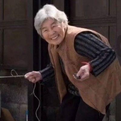 搞怪老人情侣头像一对两张图片_WWW.QQYA.COM