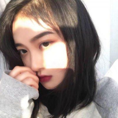 网络美图女生头像_WWW.QQYA.COM