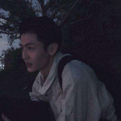 精选好看的成熟帅哥图片头像高清_WWW.QQYA.COM