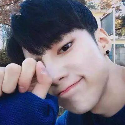 15岁帅哥头像真实照片_WWW.QQYA.COM