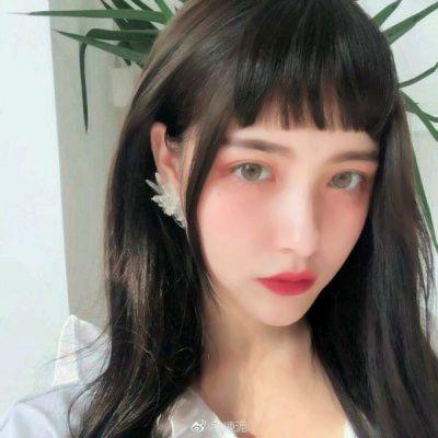 好看的照片做头像的女生图片_WWW.QQYA.COM