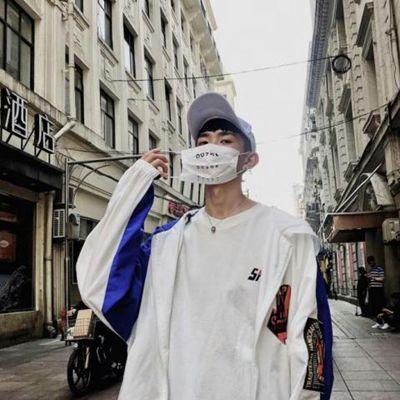 霸气又帅气的小帅哥头像图片_WWW.QQYA.COM