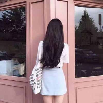 高清好看的清新唯美背影头像图片_WWW.QQYA.COM
