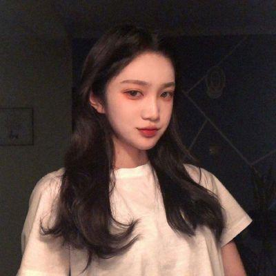 个性好看的真人头像女_WWW.QQYA.COM