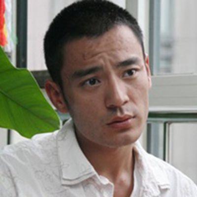 大叔头像男沧桑_WWW.QQYA.COM