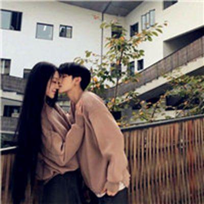 情侣头像接吻霸气_WWW.QQYA.COM