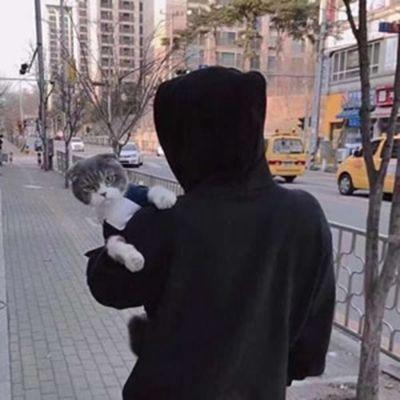 男生头像不露脸半身照_WWW.QQYA.COM