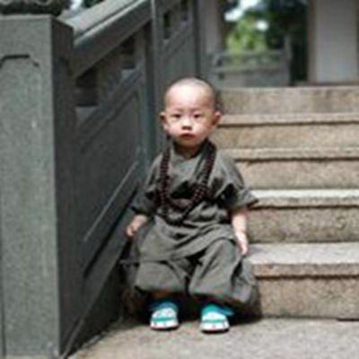 可爱小和尚头像_WWW.QQYA.COM