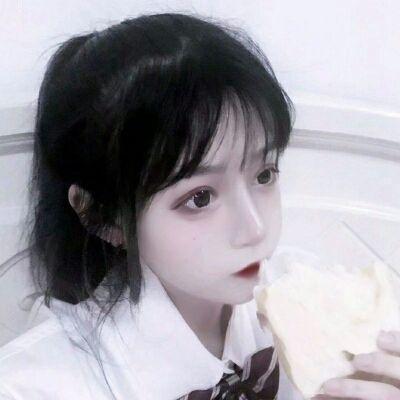 女孩微信头像可爱图片_WWW.QQYA.COM