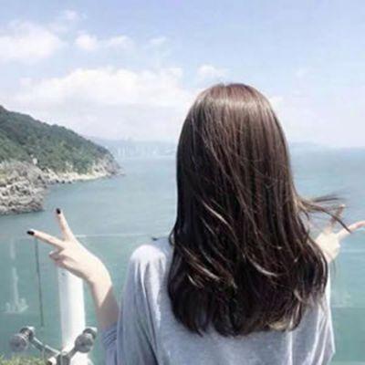 女头像霸气高冷背影_WWW.QQYA.COM