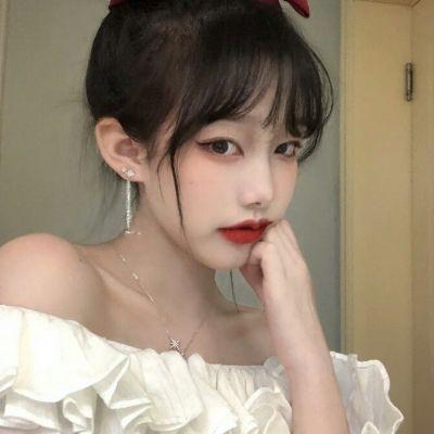 可爱普通女生多张照片头像_WWW.QQYA.COM