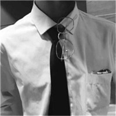 男士西装头像_WWW.QQYA.COM