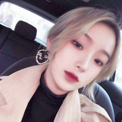 超冷酷头像女生图片_WWW.QQYA.COM