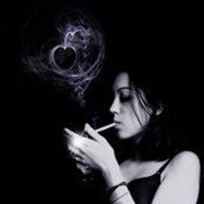 女头像吸烟霸气好看_WWW.QQYA.COM