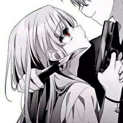 情侣头像一个拿刀一个拿枪_WWW.QQYA.COM