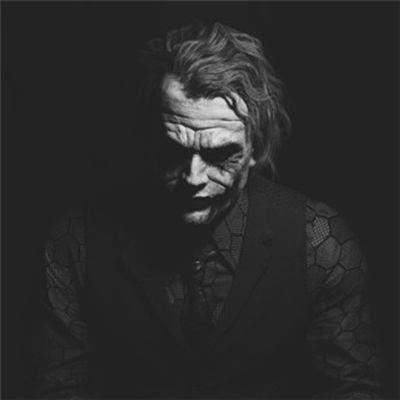 希斯莱杰小丑高清头像图片_WWW.QQYA.COM