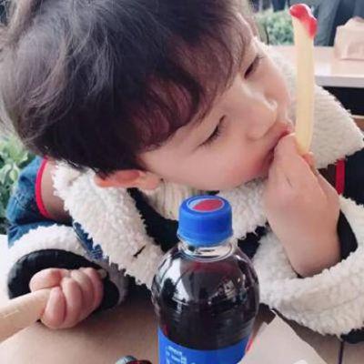 2021最新帅气小男孩头像_WWW.QQYA.COM