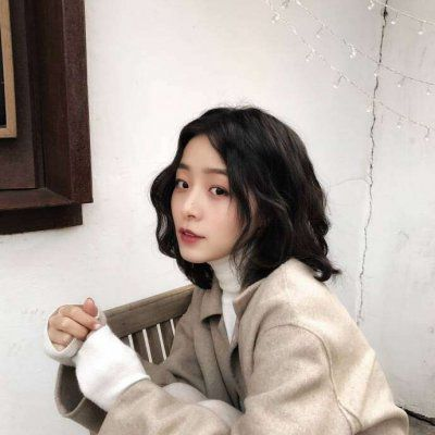 女生中长发头像_WWW.QQYA.COM