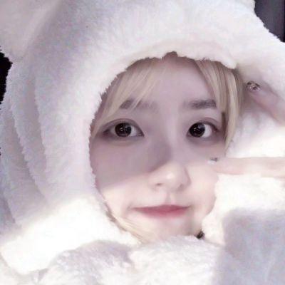 真实15岁女生头像_WWW.QQYA.COM