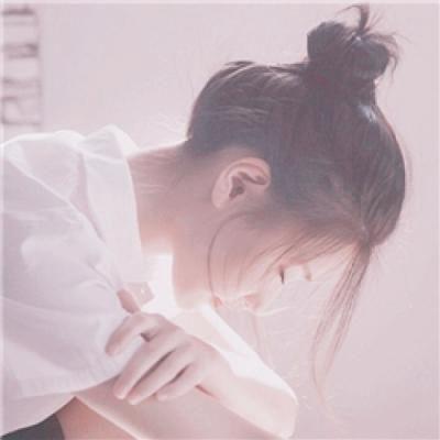 高清伤感女生冷漠头像图片_WWW.QQYA.COM
