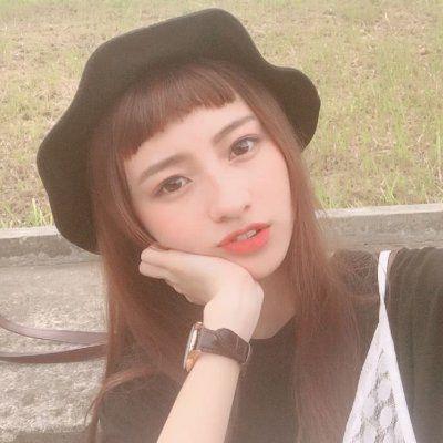 高清好看清纯的齐刘海美女头像图片_WWW.QQYA.COM
