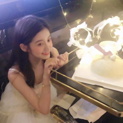 网红美女图头像_WWW.QQYA.COM