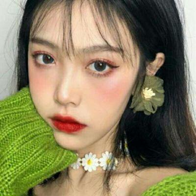 女生头像霸气背景图片_WWW.QQYA.COM