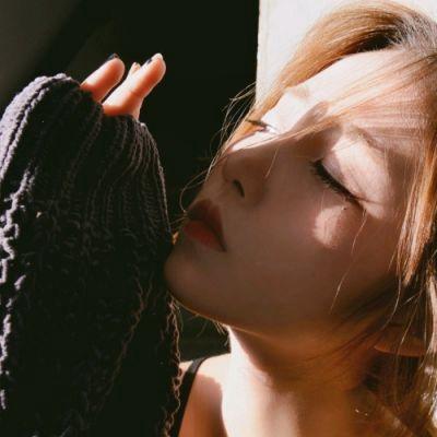 微笑头像女阳光_WWW.QQYA.COM