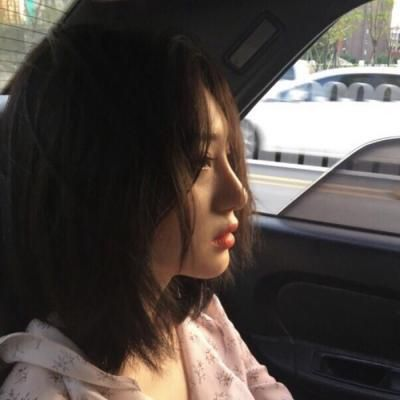 好看的微信头像女气质 侧脸_WWW.QQYA.COM
